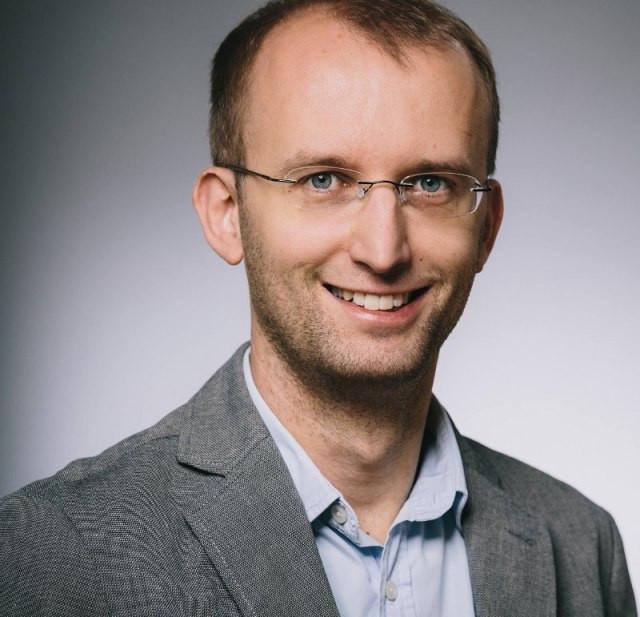 press spokesman Mathias Bloch
