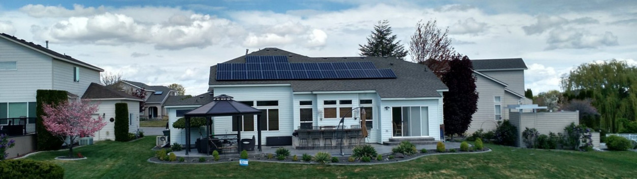 house with photovoltaik system