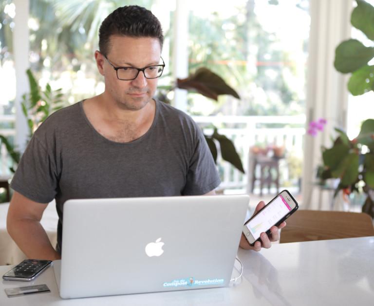 sonnen community member examining their online portal