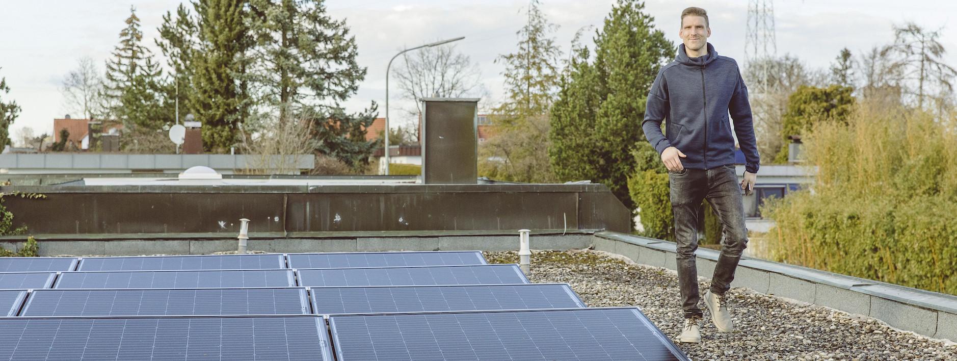 Andreas Luthe auf dem Dach