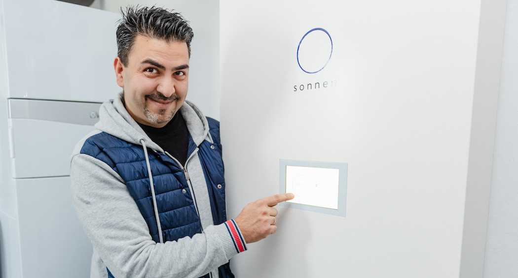 Sharokh Khalili und seine sonnenBatterie