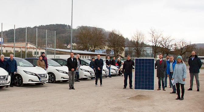 Menschen, PV und Elektroautos